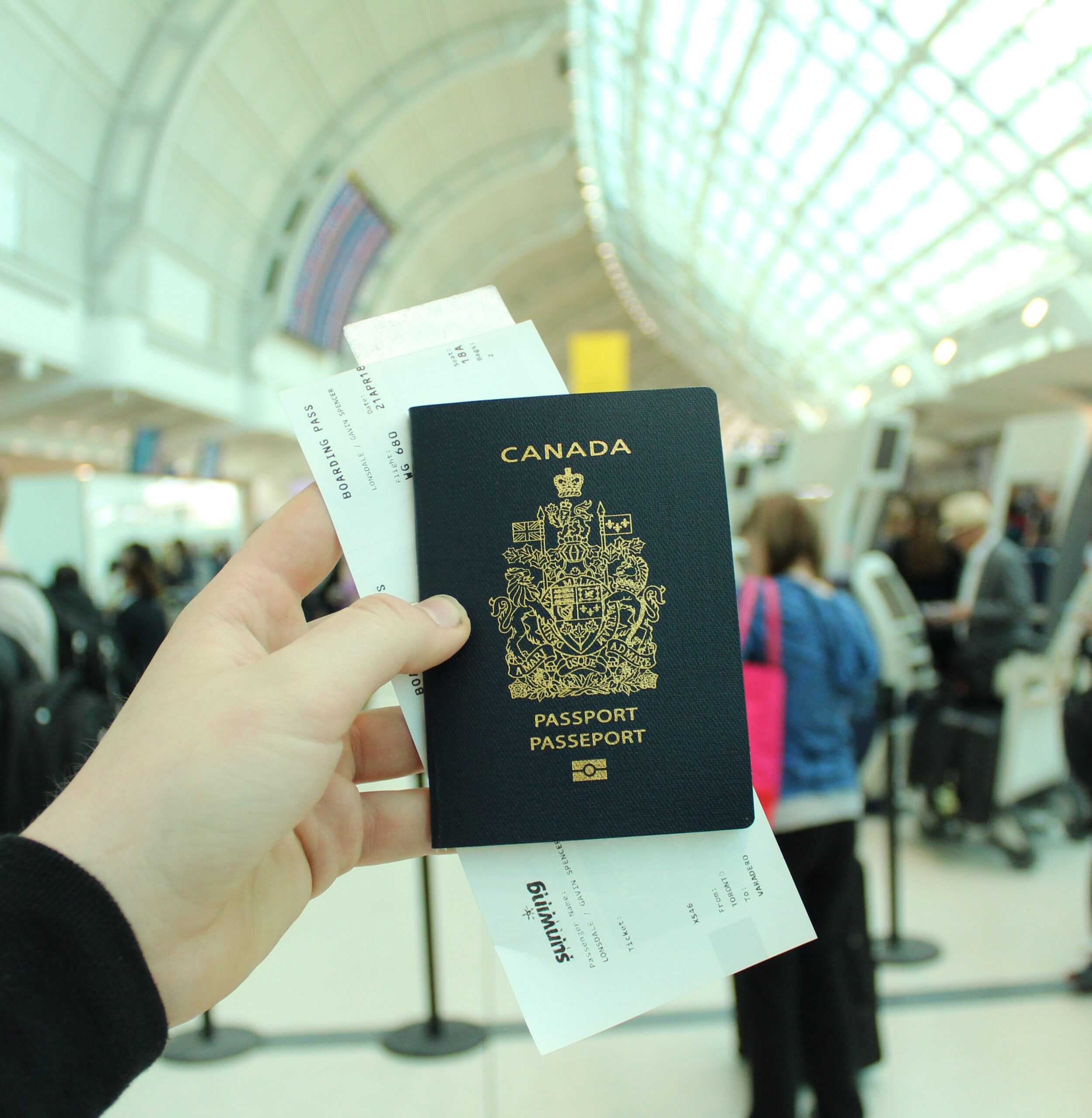 Canadian Passports & Travel Documents- Lakeview Immigration Services